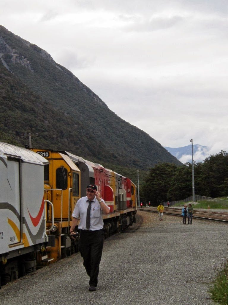 Stop in the Mountains-Arthur's pass